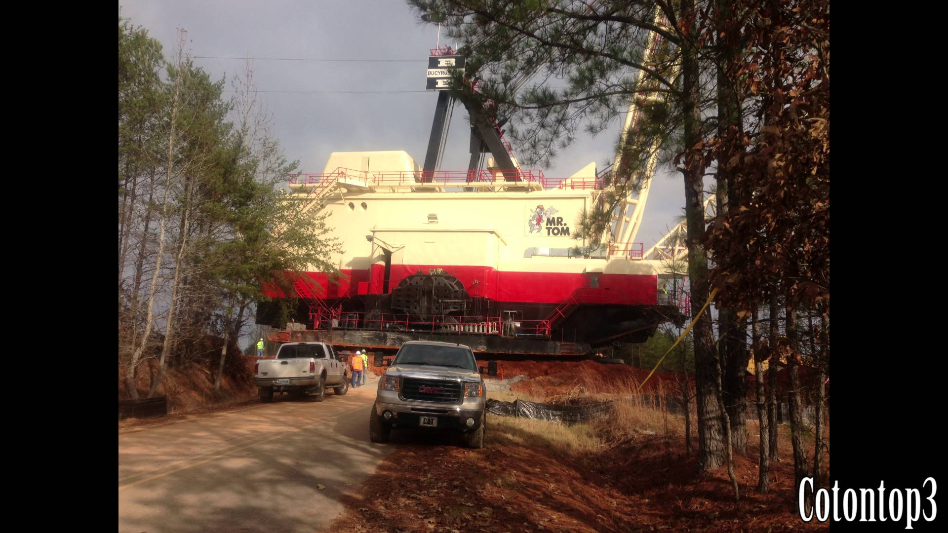 Photo of Dragline parked in 1995 is recommissioned after 17 years