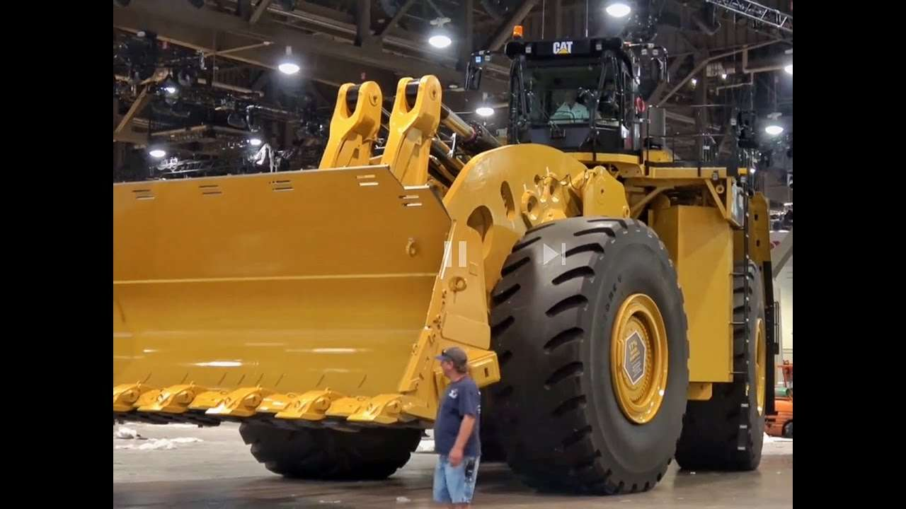 The World S Biggest Mechanically Driven Wheel Loader